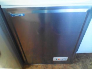 silver chest freezer, small, immaculate condition can delliver local