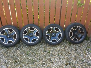 Alloy wheels and tryes