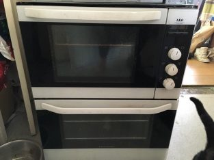 Good condition, AEG intergrated oven