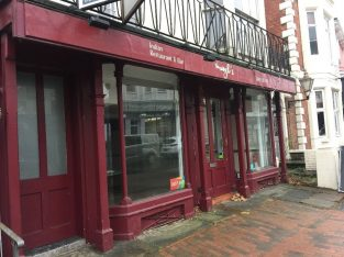 Commercial property, A3/A5, to let in Tunbridge Wells