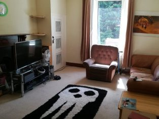 for sale large 2 bed flat in central Aberdeen