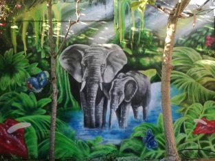 Graffiti, Airbrush art – Mural artist