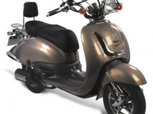 Looking TO RENT A SCOOTER