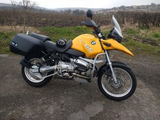 Yellow BMW R1150GS