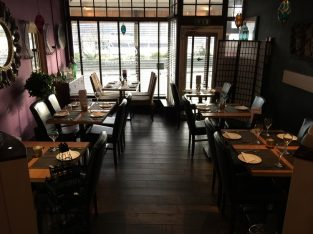 Sea view location Indian Restaurant For Sale