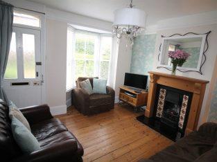 Central Canterbury 'Hidden Gem' 2 Bed Cottage For Sale