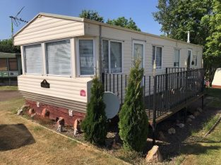 Static caravan sited on Thurston Manor leisure park, Cheap