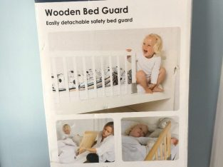 Baby Dan wooden bed guard (white) – Never used