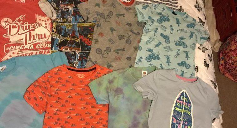 Bundle x11 size 9-10 years – Boys T-shirt