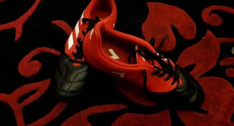 Football boots – Adidas