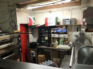 £41K INDUSTRIAL UNIT KITCHEN LEASE FOR SALE WITH EQUIPMENT
