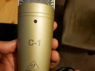 Studio condenser mic, Behringer C1