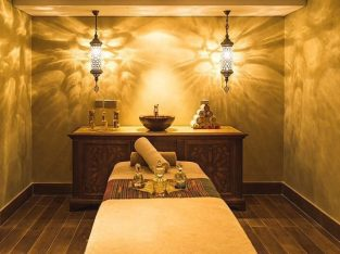 NICE MASSAGE ROOM AVAILABLE