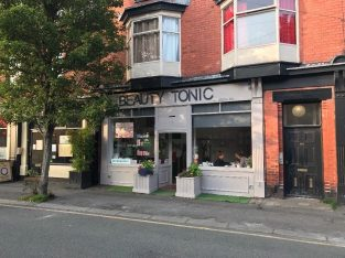 Make Up/Aesthetics Room for Rent in Well Established Beauty Salon