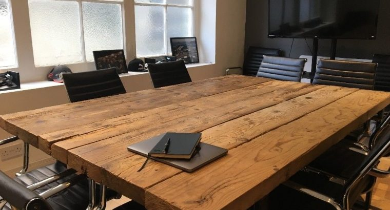 Semi-private office 4 or 6 x desks available