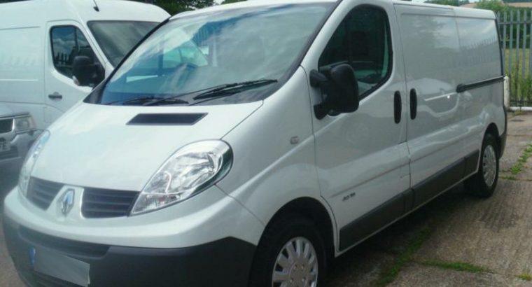 DIESEL MANUAL 2014/14 Renault Trafic LWB 115ps