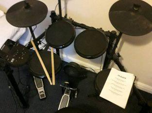 Electronic drum kit Alesis nitro