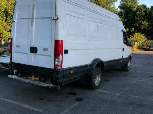iveco daily 2004 2.8 for export or parts