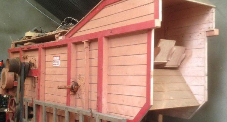 Garvie threshing mill (Thrasher) 2'6″
