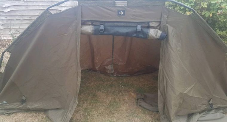 Good condition Jrc contact 1 man bivvy with wrap