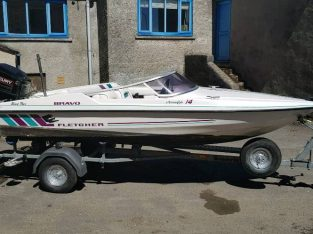 For sale 14ft fletcher Arrowflight Speedboat 60hp Mercury outbaord ski/ day boat