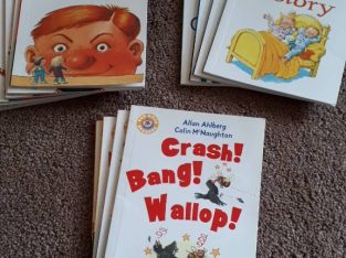 Collections Books phonics starting to read childrens