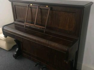 For sale Up straight piano