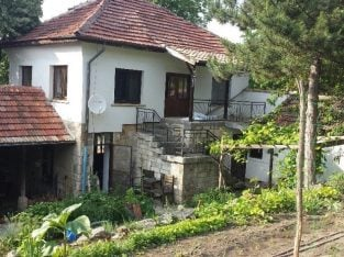 Bulgaria Fully renovated house for sale with workshop