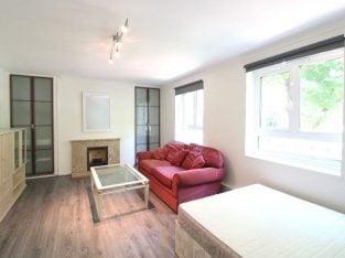Close to UNIVERSITIES 4 bedrooms 2 balconies in CAMDEN TOWN