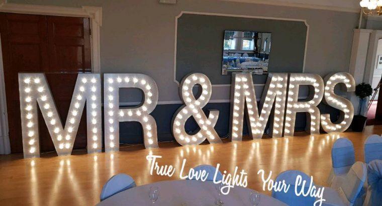Light up Mr & Mrs love letters for hire Nottingham