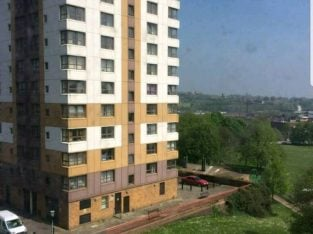 1 Bedroom Flat for a 1 Bedroom in Manchester, Birmingham or London