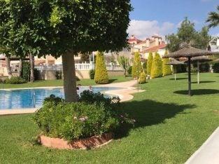 Lovely 2 bedroom 2 bathroom lower villa Playa Flamenca