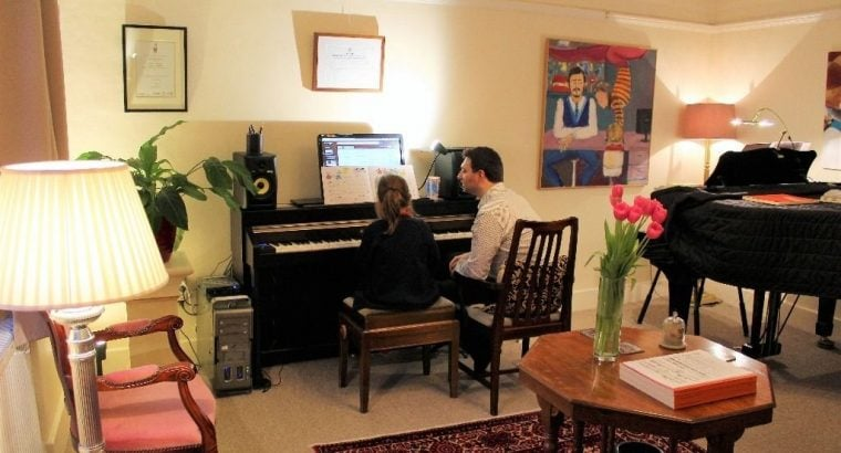 Private teacher – Piano, Singing, Composition and Guitar lessons, Recording Studio