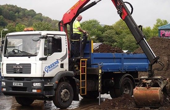 FOR HIRE GRAB LORRY – 18 TONNE