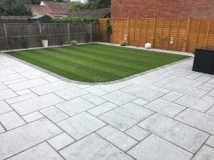 Landscaping services outdoor solutions, fencing , block paving , ground works building