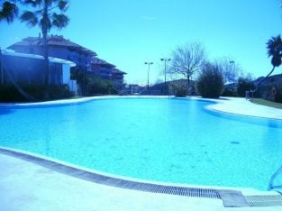 Near village Luxury apartment, Benalmadena Pueblo, Costa Del Sol, 2 bed, 2 bath,sea/pool views