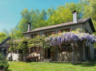 Pyrenees Completely Off Grid home