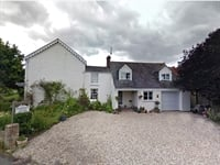 Freehold Exceptional 5 En Suite Letting Room Guest House For Sale