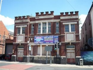For Sale Town Centre Licenced Leisure Circuit