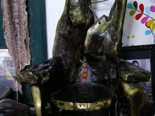 traditional chair (King's throne)