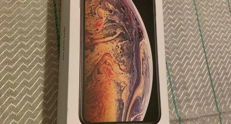 Apple iPhone XS Max – 256GB – Gold (Unlocked)
