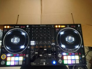 Brand new Pioneer DDJ-1000SRT 4-channel Controller