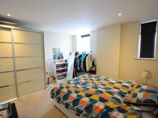 one bedroom flat to rent in Brighton city centre