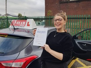 Best Driving School Manchester with Crash Courses